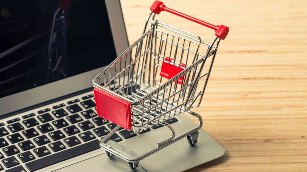 8 Key Benefits of Building Your Online Company Store